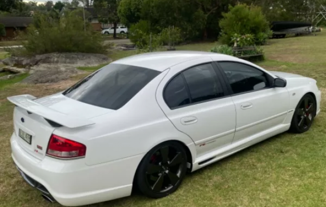 2007 Ford BFII Falcon F6 Typhoon R Spec in winter white images (7).png