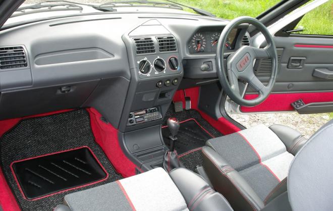205 GTI 1989 Quattro Velour seat trim Phase 1.5.png