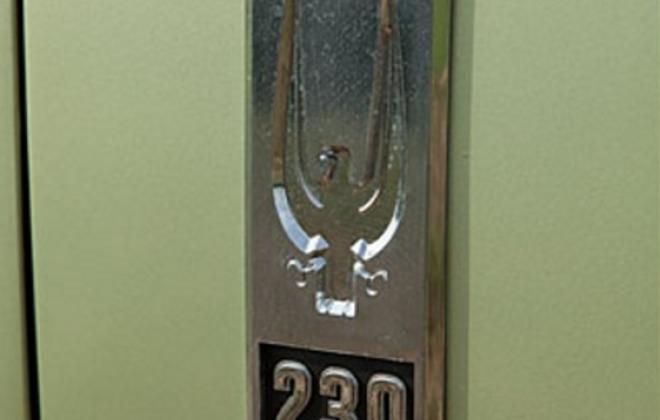 230ci engine fender badge 1966 Studebaker.png