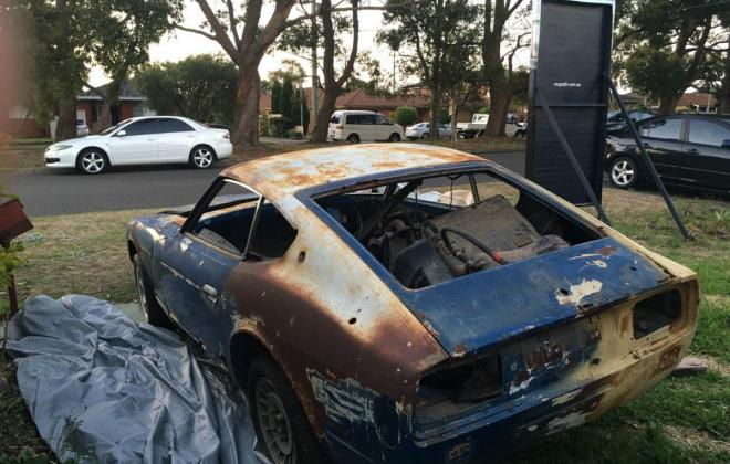 240z rear tail lights and boot.jpg