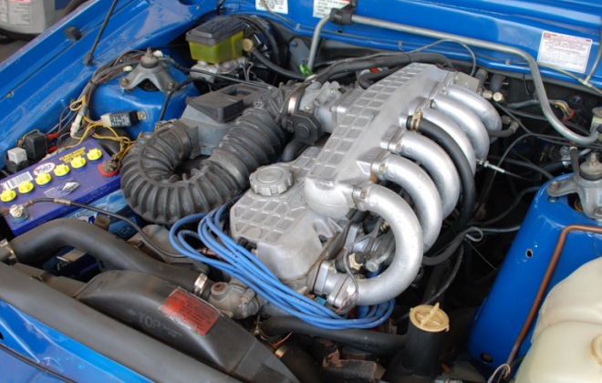 250ci 4.1l fuel injected 6 cylinder Fairmont Ghia XE ESP engine image.png