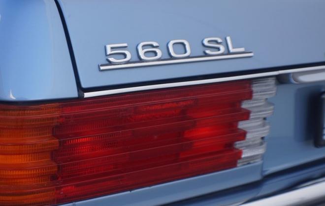 560SL badge.jpg