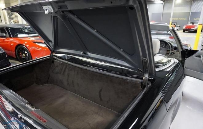 560SL trunk.jpg