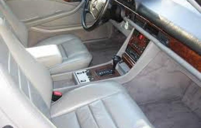 560sec cream interior.jpg