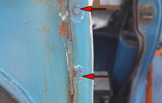 A pillar body seam holes Police Clubman GT.png
