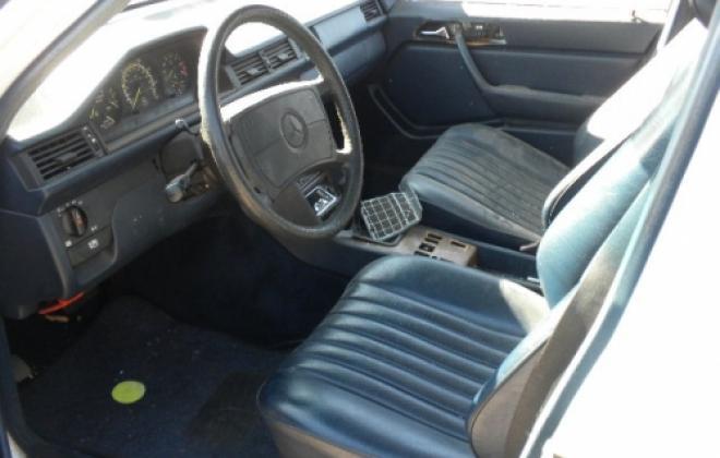 Airbag interior 190E 2.3.JPG