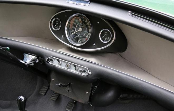 Almond Green MK1 1071cc Cooper S interior LHD 1.jpg