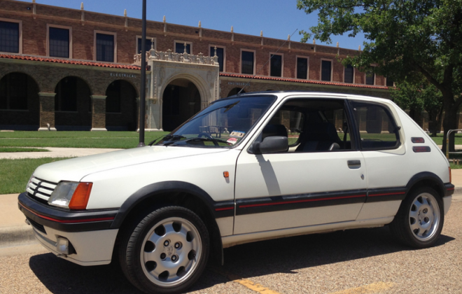 Alpine White Peugeot 205 GTI Phase 1.png