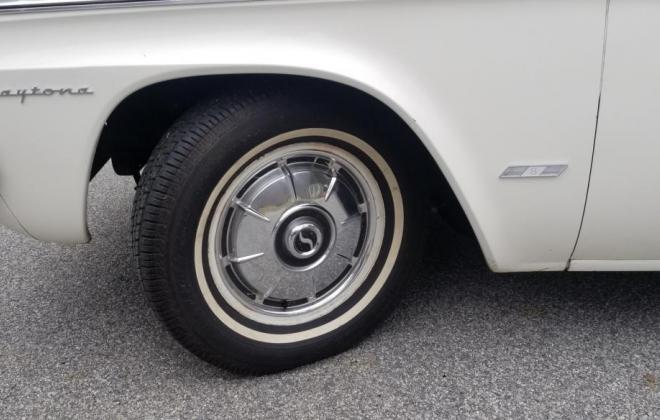 Astra White 1965 Studebaker Daytona Sport Sedan BaT images Studebaker (27).jpg