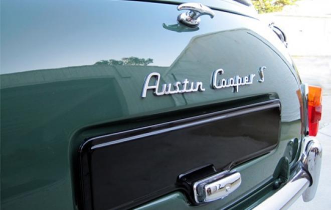 Austin Cooper S rear badge.jpg