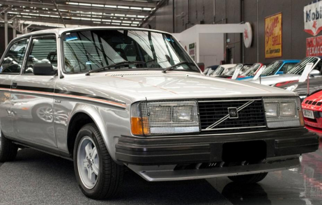 Australian 242 GT volvo late model with quad headlamps US.png