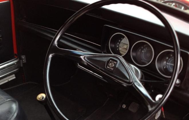 Australian Leyland Mini Clubman GT steering wheel dash.png