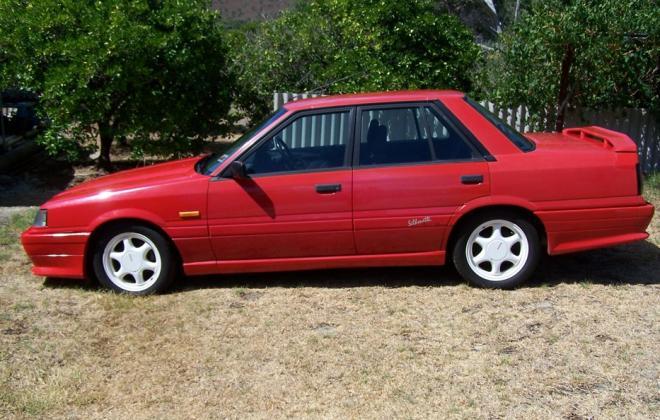 Australian Nissan Skyline Silhouette GTS2 sedan red 1989 (4).jpg
