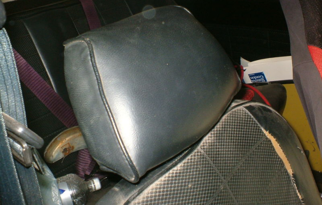 Australian mini Clubman GT headrests.png