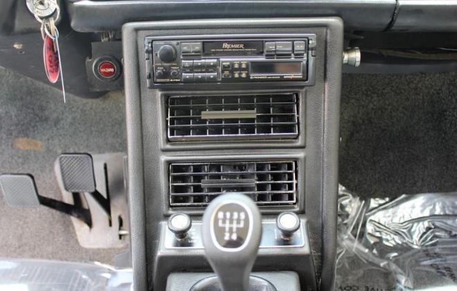 BMW 2002 Tii dasboard 1974 (1).jpg