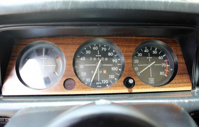BMW 2002 Tii dasboard 1974 (3).jpg
