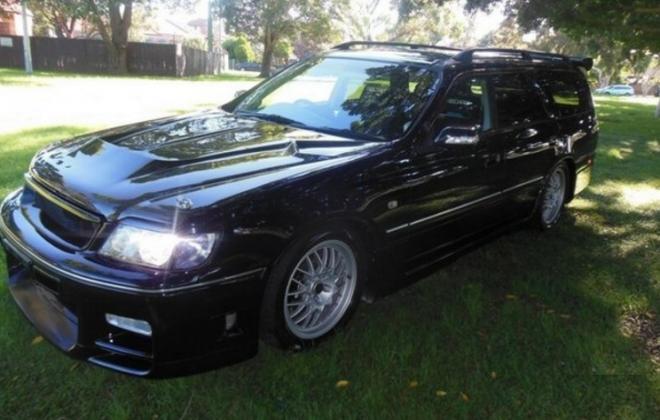 Black Blue Nissan Stagea 260RS wagon GTR 1998 model Australia (2).png