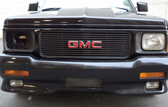 Black GMC Cyclone turbo Pickup restoration project (5).png