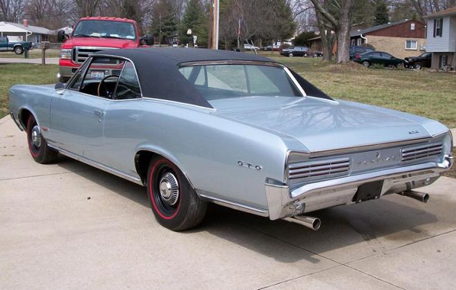 Black Vinyl Roof - 1966 Pontiac GTO.png