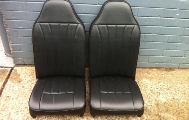 Black moke seats.jpg