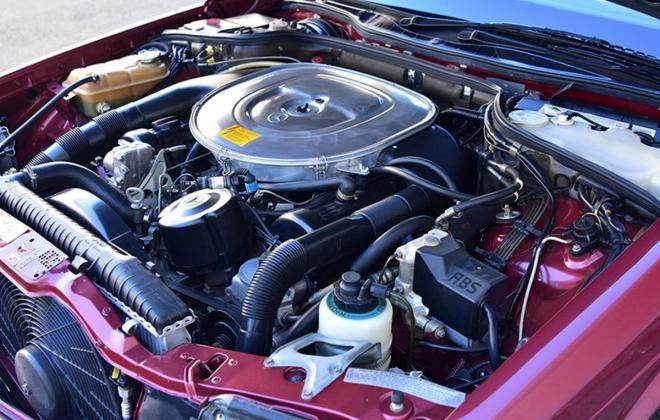 Burgundy maroon Mercedes 560SEC Australian delivered coupe car images (7).jpg