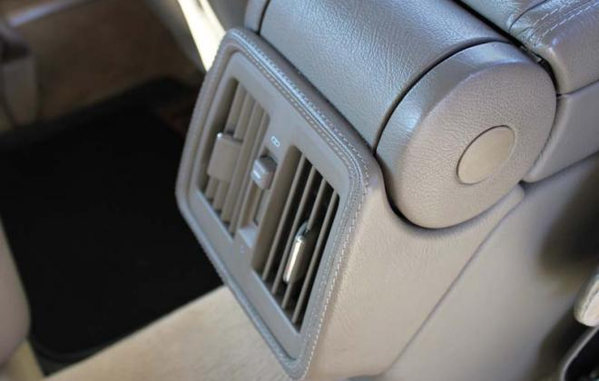 C140 Mercedes Coupe 1997 rear AC vents with leather trim option special.jpg