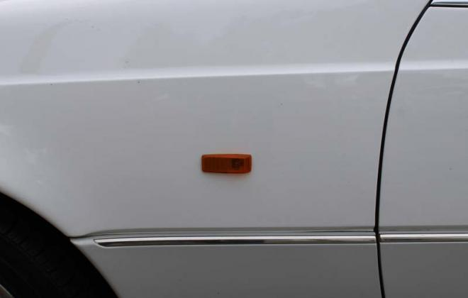 C140 Mercedes Side indicator amber repeaters.jpg