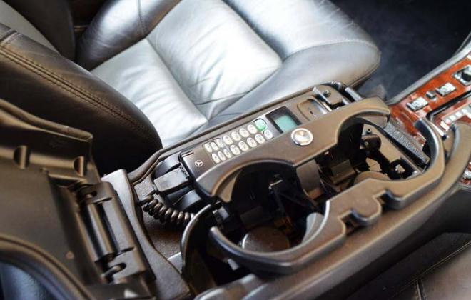 CL600 1999 centre console revised split lid design phone and cup holders copy.jpg