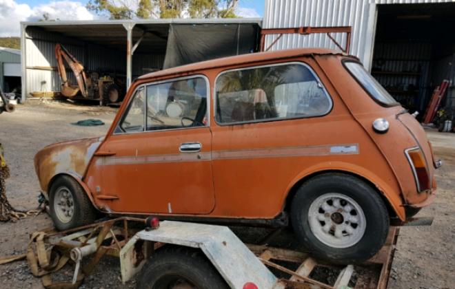Cadiz Orange Australian Mini Clubman GT unrestored shell images 1971 (1).png