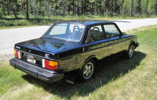 Canadian Volvo 242 GT Black paint images.png