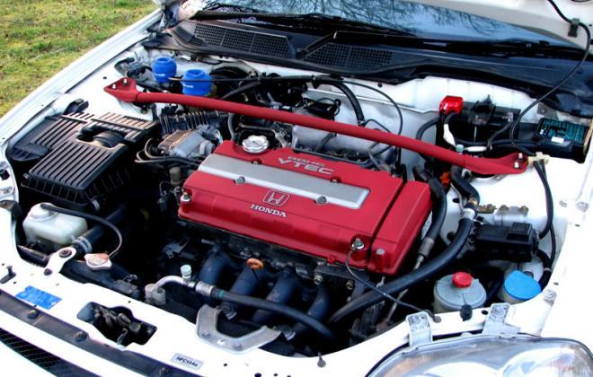 Civic Type R Engine bay 3.jpg