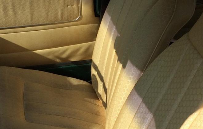Creme interior 998LS 5.jpg