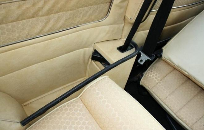 Creme interior 998LS mini.jpg