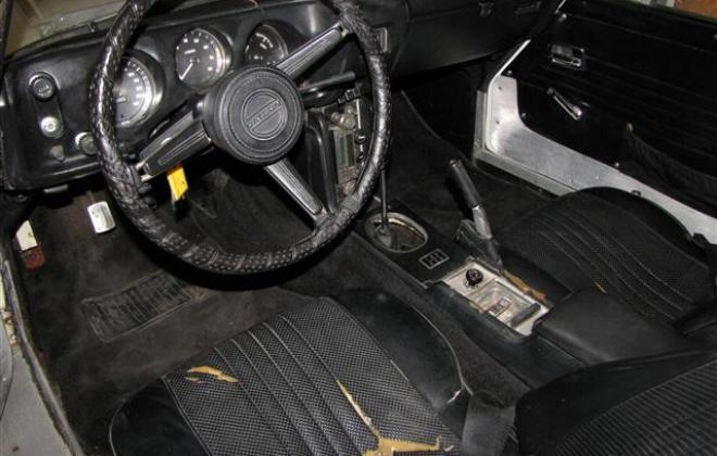 Dash 1969 Datsun roadster.jpg