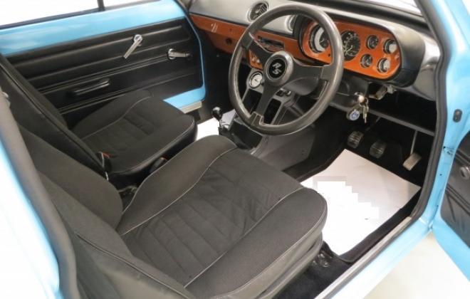 Dashboard RS2000 mk1 1.JPG