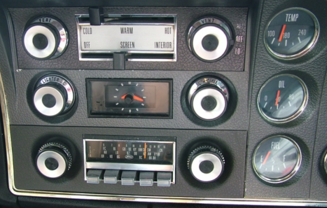 Dashboard instruments XW Ford Falcon GT image.png