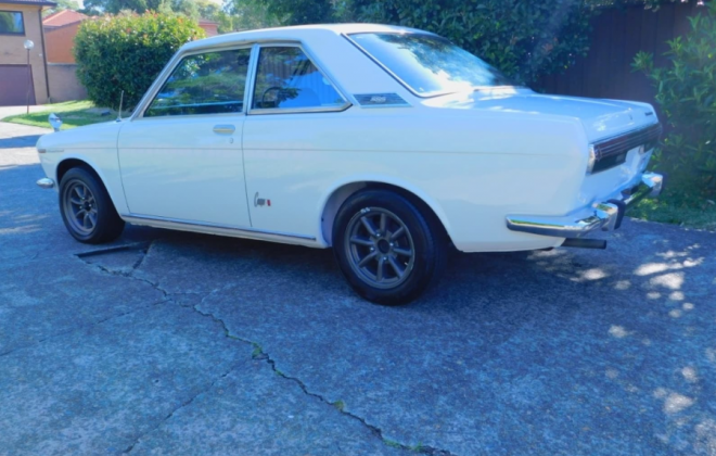 Datsun Nussan Bluebird SSS 510 Coupe 1969 white image (12).png
