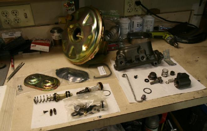 Disc brake booster Pontiac GTO.png