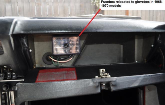Dual row fuses in glovebox.JPG