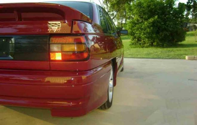 Durif Red Holden Commodore VN SS HSV 1990 number 180 images (8).jpg