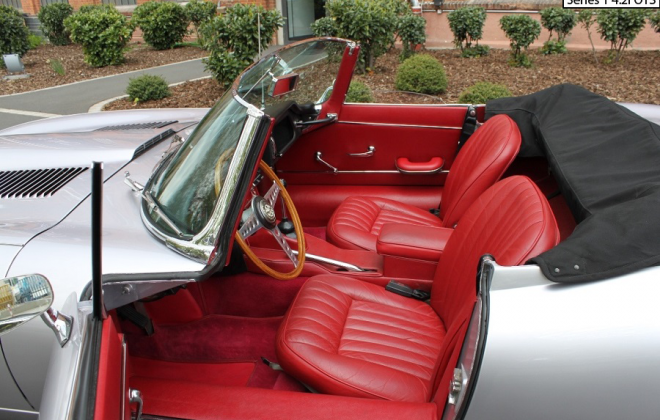 E-Type Series 1 4.2l interior image and dashboard (4).png