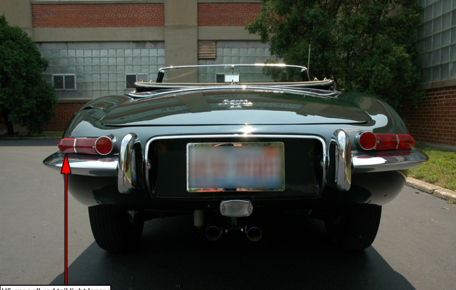 E-Type XKE 1968 Series 1.5 US-Spec tail lights all red image.png