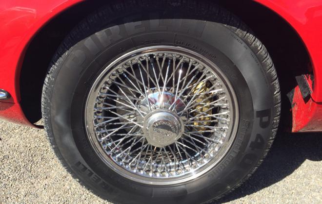 E-Type XKE Jaguar Series 1.5 72-spoke wheels close up image knock off (2).png