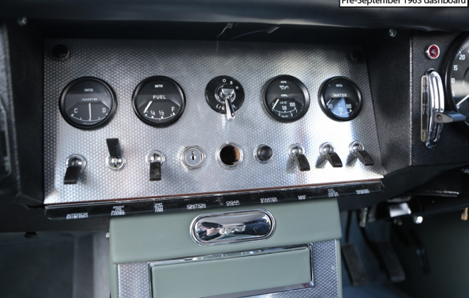 E-Type polished aluminium dashboard and instruments.png
