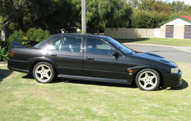 EB Falcon GT Pearl Black code J4 paint image.png