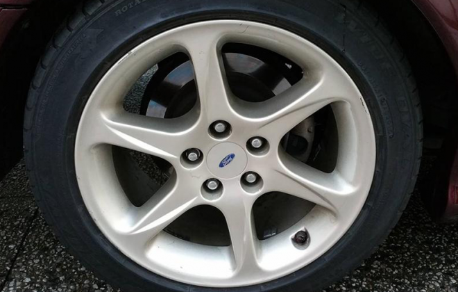 EL Ford Falcon GT rear alloy wheels and disc brakes image.png