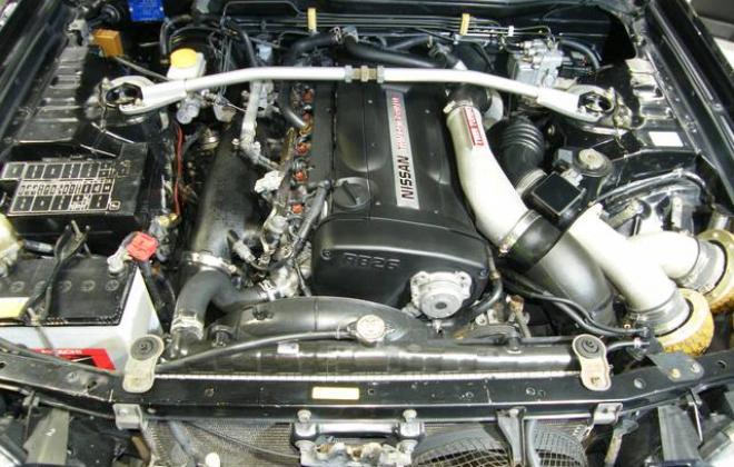 Engine bay stagea autech.jpg
