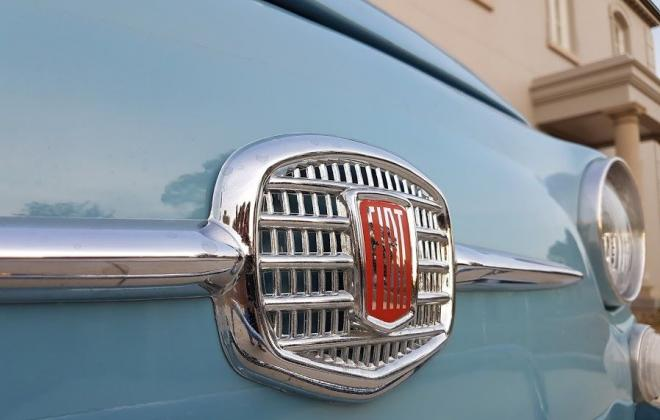 Fiat 500D front badge.jpg
