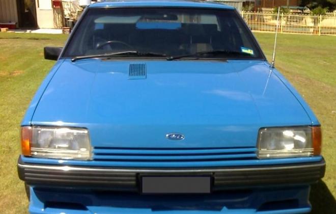 Ford Falcon 1983 XE Dick Johnson Grand Prix True Blue 2.jpg