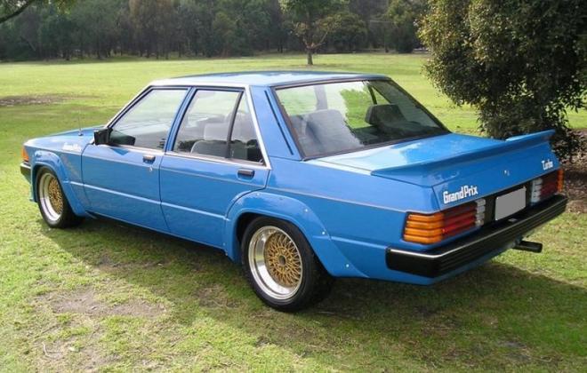 Ford Falcon 1983 XE Dick Johnson Grand Prix True Blue 9.jpg